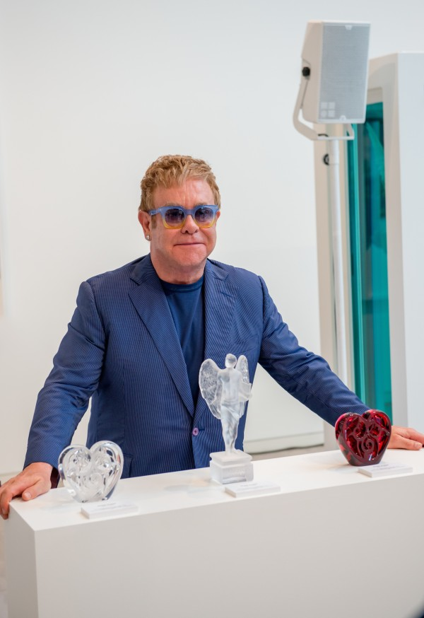 EltonJohn-2-International-launch-event-LALIQUE