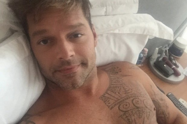 Ricky-martin-shirtless-nude-naked-selfie-sex-sexy-2015-Instagram
